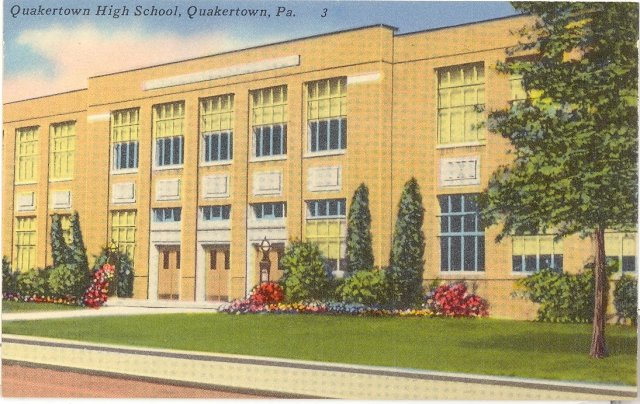 Quakertown High School, Quakertown Pennsylvania  color postcard