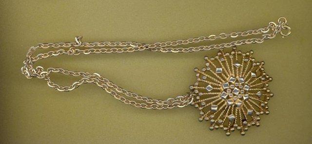 Monet goldtone necklace