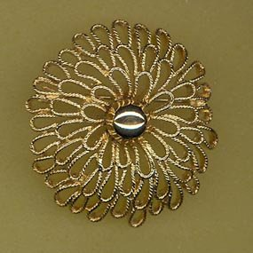Trifari goldtone brooch