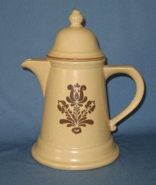 Pfaltzgraff Village brown covered coffeepot