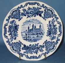 Enoch Wedgwood (Tunstall) Ltd. Royal Homes of Britain bread plate