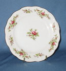 Johann Haviland, Bavaria Germany Moss Rose bread plate