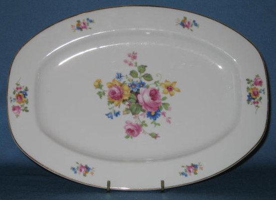 T K Thun Bohemia THU 166 small platter
