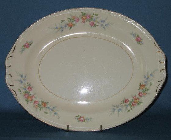 Homer Laughlin Georgian Eggshell Cashmere oval platter