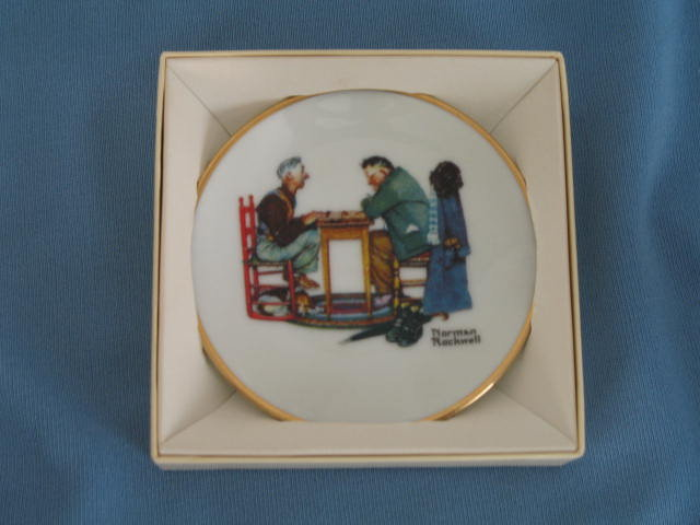 Norman Rockwell Four Seasons Miniature Plate #511: Last Move