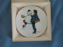 Norman Rockwell Four Seasons Miniature Plate #517: Snow Sculpturing