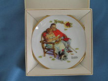 Norman Rockwell Four Seasons Miniature Plate #530: Fondly Do We Remember