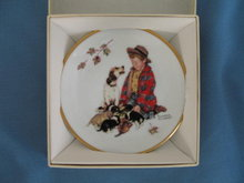 Norman Rockwell Four Seasons Miniature Plate #541: Proud of Parenthood
