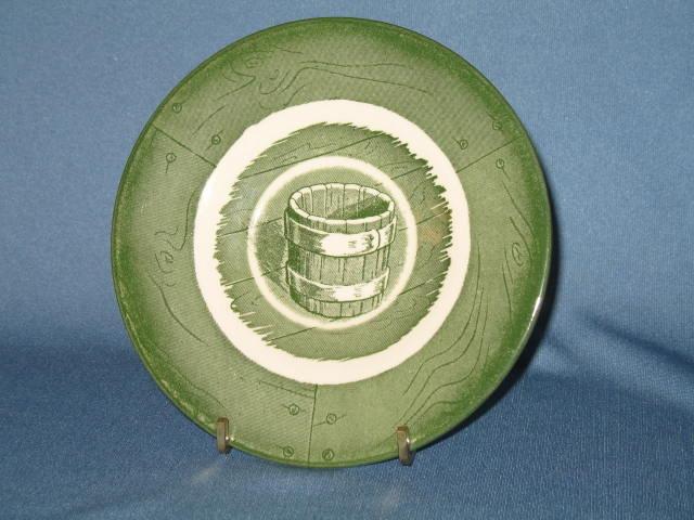 Royal (USA) Colonial Homestead green saucer