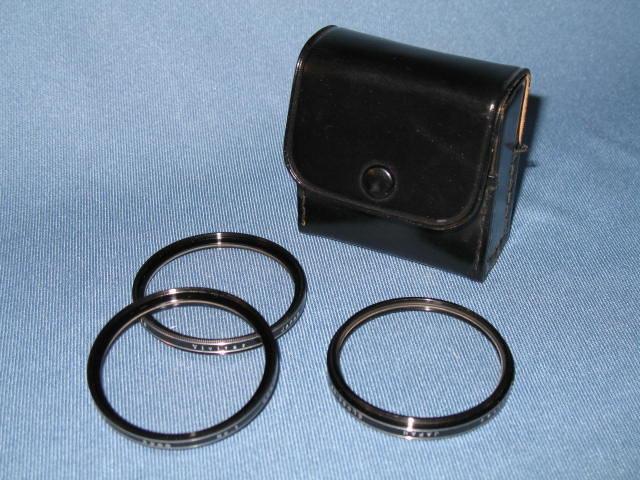 Set of 3 Vivitar lenses  in carry case