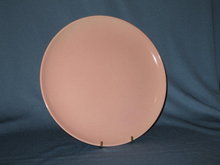 Taylor-Smith-Taylor Pebbleford Pink dinner plate
