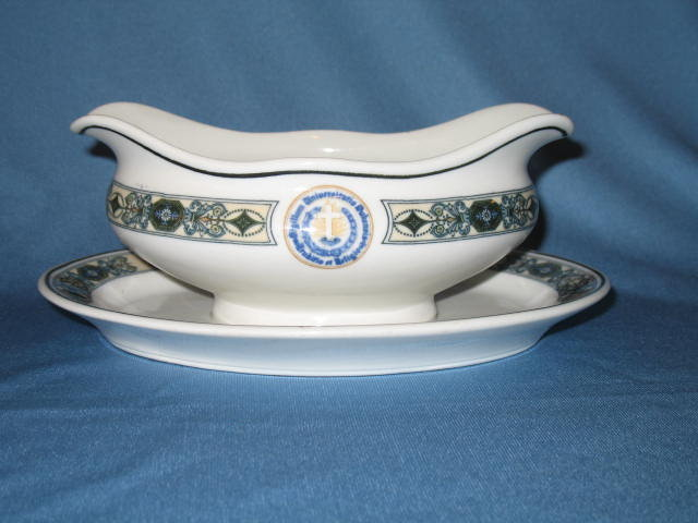 Scammel China (Lamberton) Duquesne University gravy boat with attached underplate