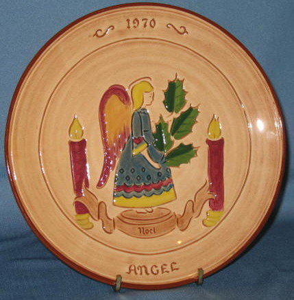 Pennsbury Pottery 1970 Yuletide Plate Stumar first edition collector's plate