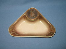 Hyde Park No. 1940 triangular ashtray