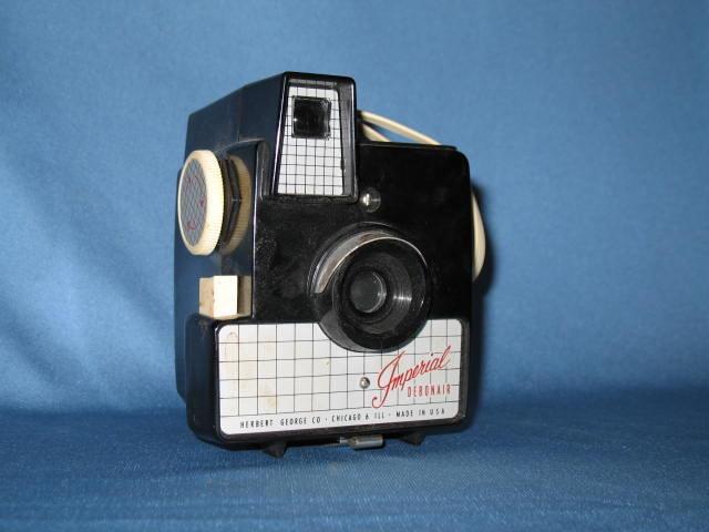 Herbert George Co. Imperial Debonair camera