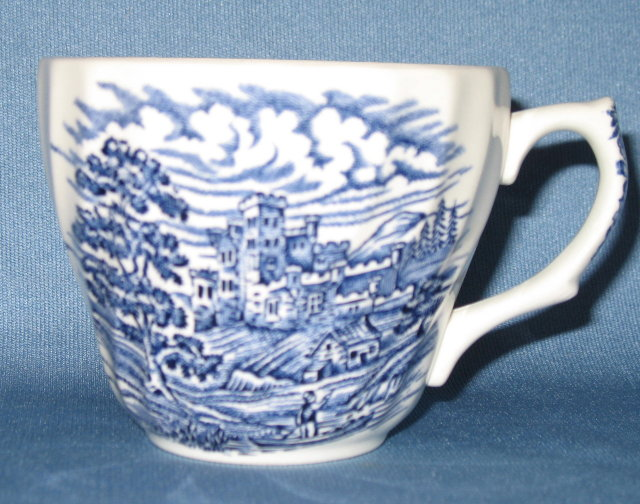 Hostess Tableware Olde Country Castles blue cup & Antiques Art Vintage