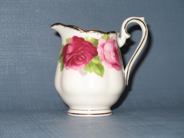 Royal Albert Old English Rose mini-creamer