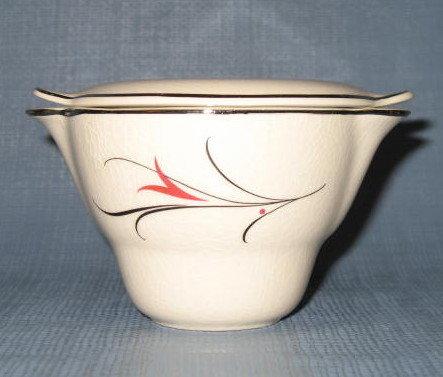 Salem China Serenade covered sugar bowl