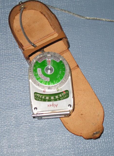 Alpex light meter in case