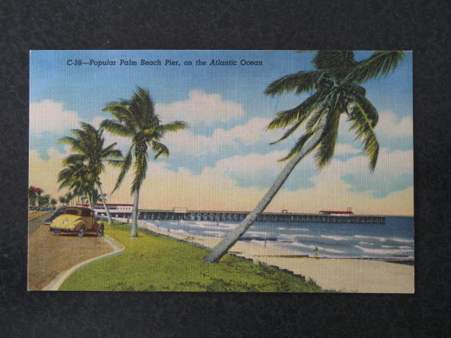 Popular Palm Beach Pier on the Atlantic Ocean, Palm Beach, Florida postcard