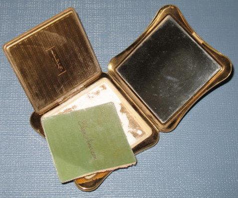 Elgin American makeup compact