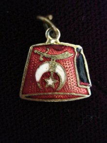 Shriners Fez Charm Enameled Masonic FOB