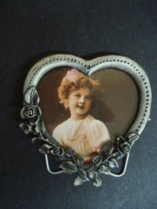Vintage Pewter Photo Frame - Heart Shape