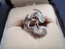 Superb Sterling Silver Ring - Floral