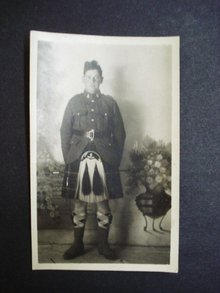 Young Scotsman in 1st WW Scottish Uniform