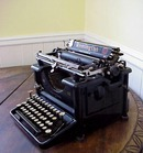 EARLY 1922 REMINGTON TYPEWRITER