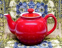 PRETTY Crimson Red - Sadler -  TEAPOT