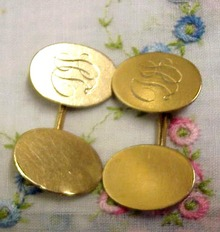 Vict.Gold CUFF LINKS - Monograms