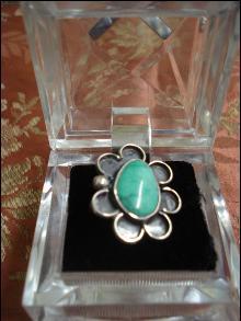 ELEGANT Silver Turquoise Ring
