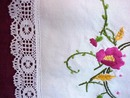 30's Tea Tablecloth Crewel Embr.