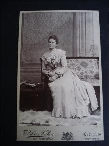 Antique Photograph - Beautiful Young Lady