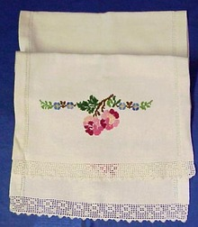 30's Lace & Embroidery TOWEL