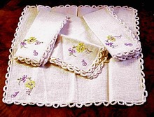 40's Lace & Embroidery NAPKINS #3