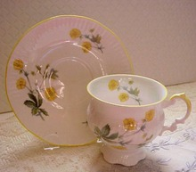 Elizabethan Cup & Saucer HEDGEROW