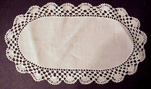 Oval Doily - Lace Border