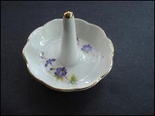 Vintage Ring Stand - Porcelain - Floral