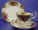 Fantastic Royal Albert Old Country Roses China TRIO