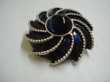 Elegant Brooch and Scarf Clip All In One