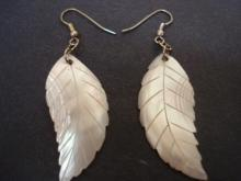 Fabulous Vintage Pearl Earrings Mother of Pearl Natural