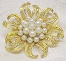 1950-60's FIGURAL BROOCH - GOLD TONE