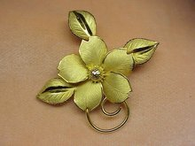 GOLD GILT STERLING FLORAL BROOCH