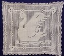 FABULOUS VICTORIAN HAND MADE FILET LACE - SWAN