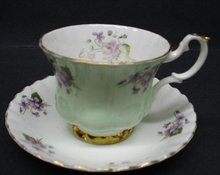 QUEEN ANNE CHINA CUP&SAUCER VIOLETS
