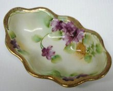 HAND PAINTED OLD OVAL DISH - VIOLETS