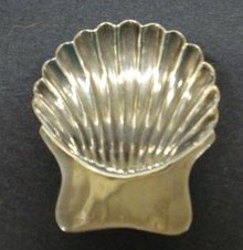 STERLING SHELL SHAPE SMALL DISH