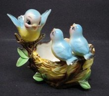 LOVELY FIGURAL PLANTER BLUE BIRD FAMILY